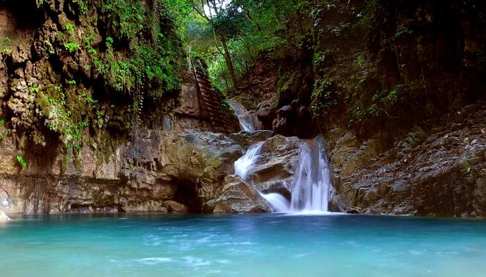 Tour of the damajagua waterfalls